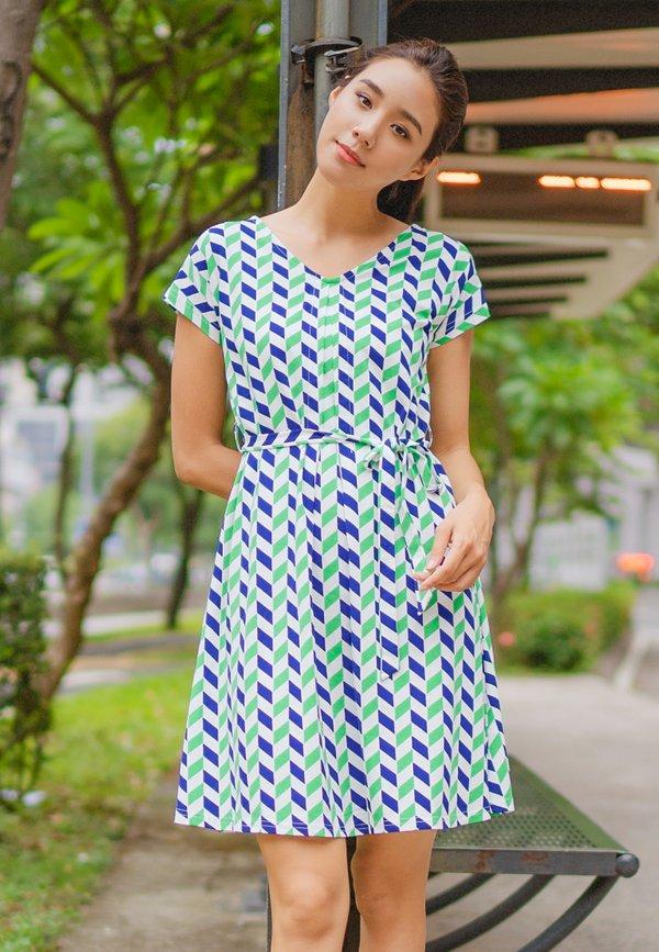 Geometric Chevron Print Flare Dress GREEN (Ladies' Dress)