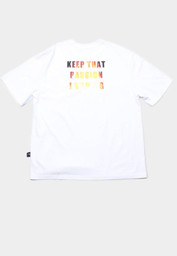 PASSION Oversized T-Shirt WHITE (Men's T-Shirt)